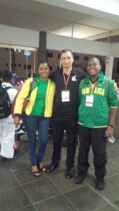 Con los amigos de Jamaica